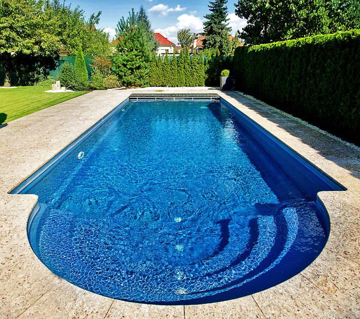 Voda v bazenu