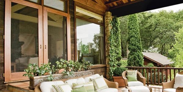 Lesena okna za brunarice