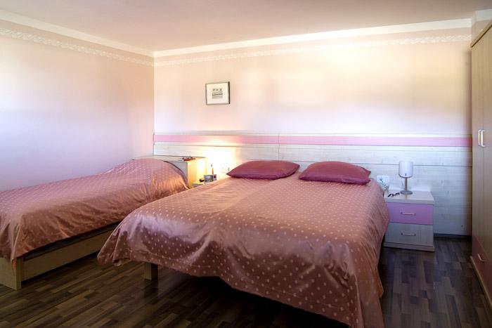 Nočitev za dve osebi v apartmaju na Primorskem