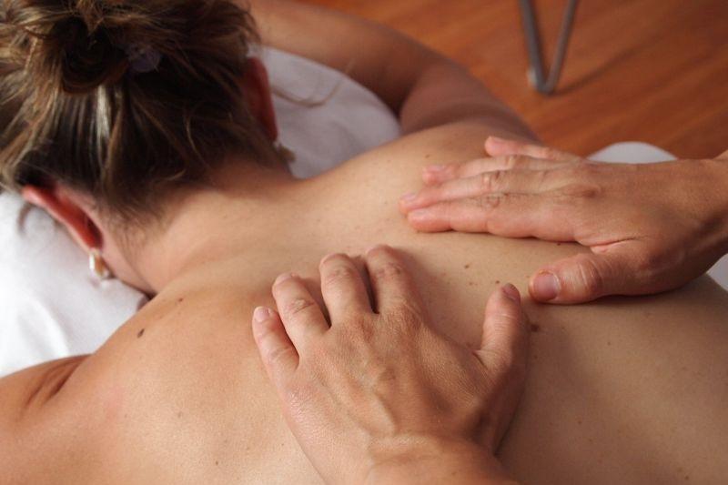 masaža hrbta