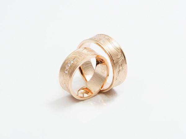 Unikatni poročni prstani iz poldragih kamnov