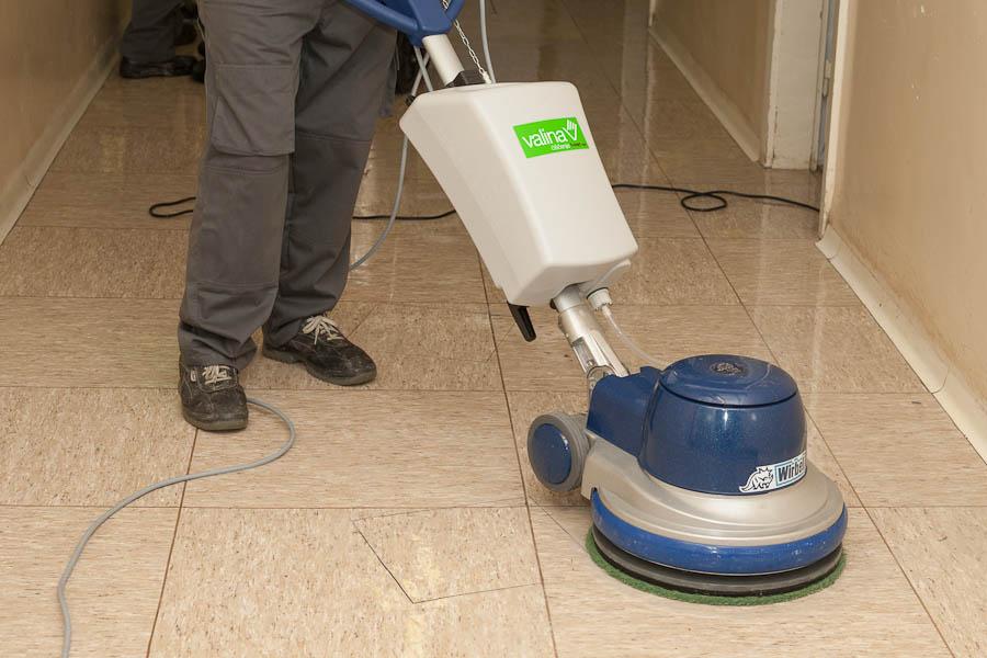 čiščenje preprog in ostalega pohištva na domu