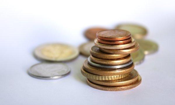 Izplačilo odpravnine in letni regres