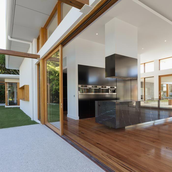 Ugodna cena izdelave lesenih oken po meri v OKNA KLI Ambient