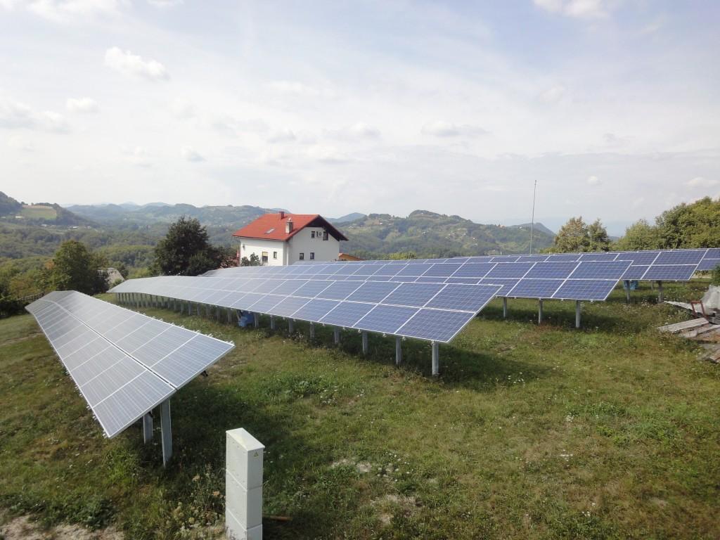 Fotovoltaika ali lastna sončna elektrarna za vikend
